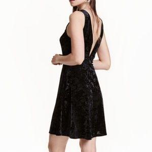 Divided by H&M velvet skater dress size 4